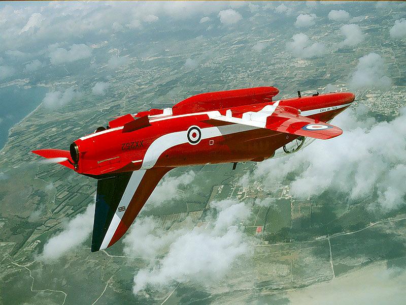 BAE HAWK des Red Arrows (revell) Red-ar10