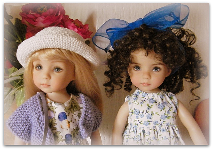 Sheila, Emily, Audrey et Chantel, mes Little Darlings! De nouvelles photos postées régulièrement - Page 3 0141311