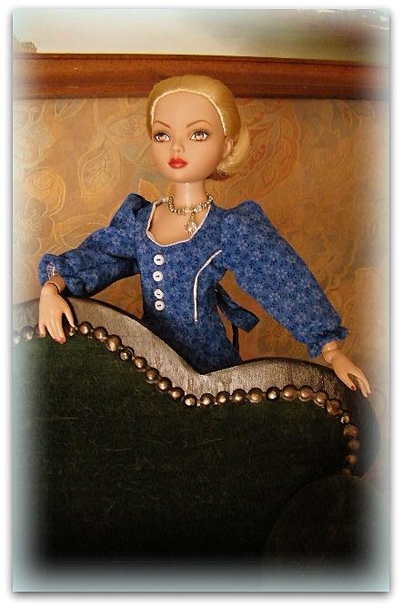Mes poupées Ellowyne Wilde. De nouvelles photos postées régulièrement. - Page 12 02421