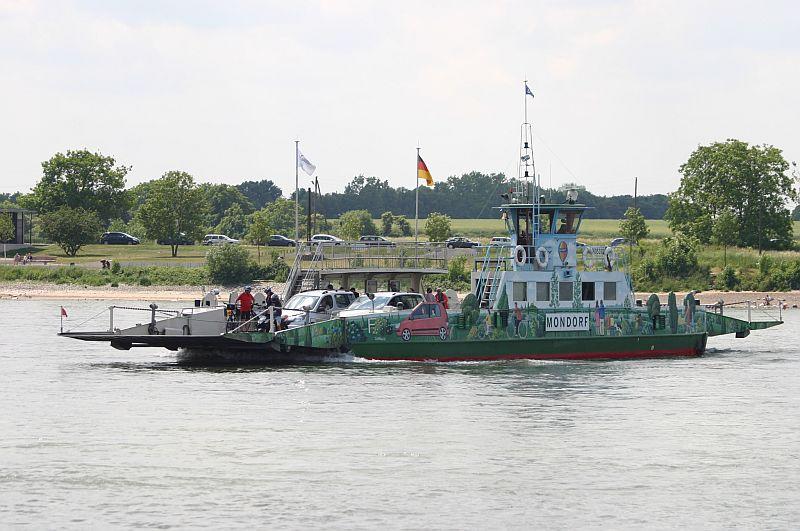 Kleiner Rheinbummel am 11.06.15 in Andernach und Mondorf 1110