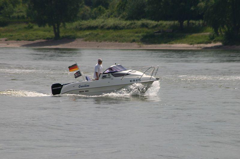 Kleiner Rheinbummel am 11.06.15 in Andernach und Mondorf 16b10