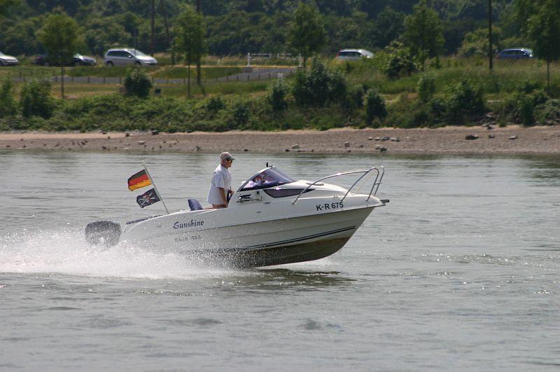 Kleiner Rheinbummel am 11.06.15 in Andernach und Mondorf 16c10