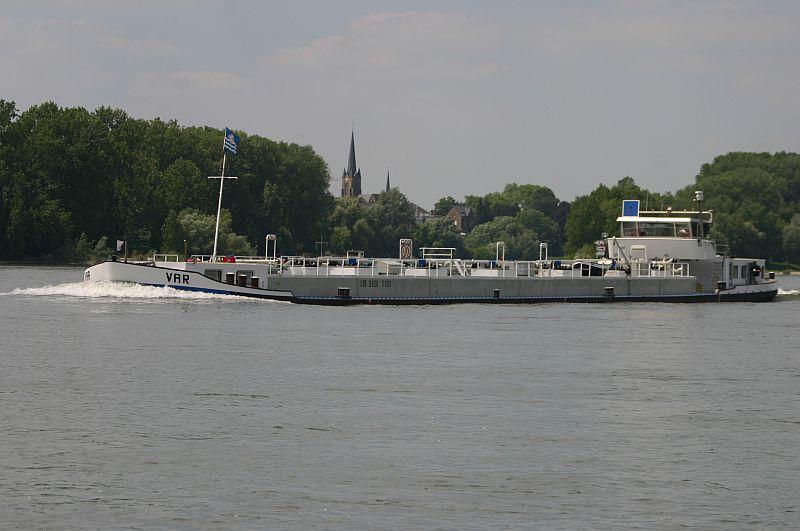 Kleiner Rheinbummel am 11.06.15 in Andernach und Mondorf 1710