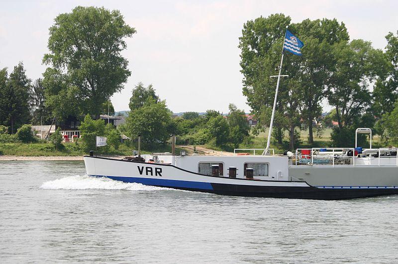 Kleiner Rheinbummel am 11.06.15 in Andernach und Mondorf 17a10