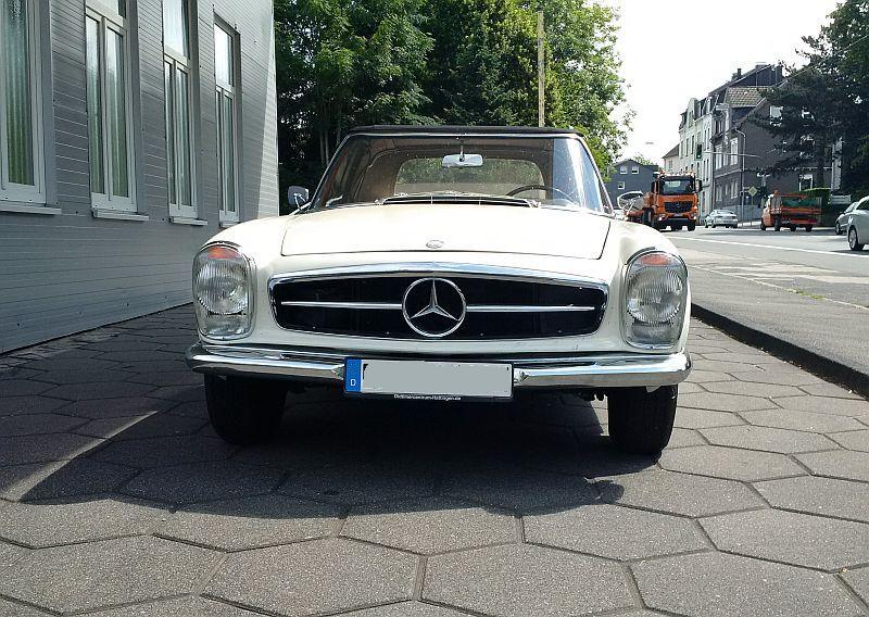 """Mercedes 230 SL """"Pagode"""" - auf dem Parkplatz """"schnappgeschossen"""" 223"""