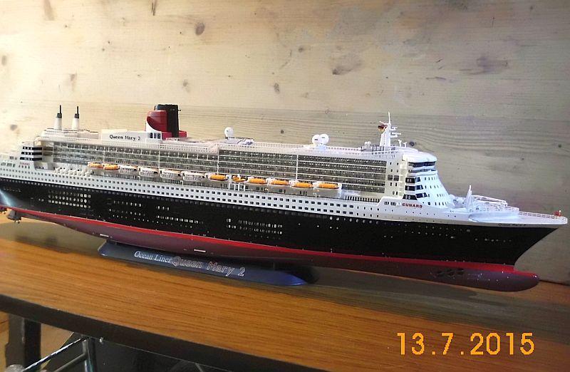 Revell 05223 - Queen Mary 2 1/400 (Weiter-) Baubericht - Fertig - Seite 5 329