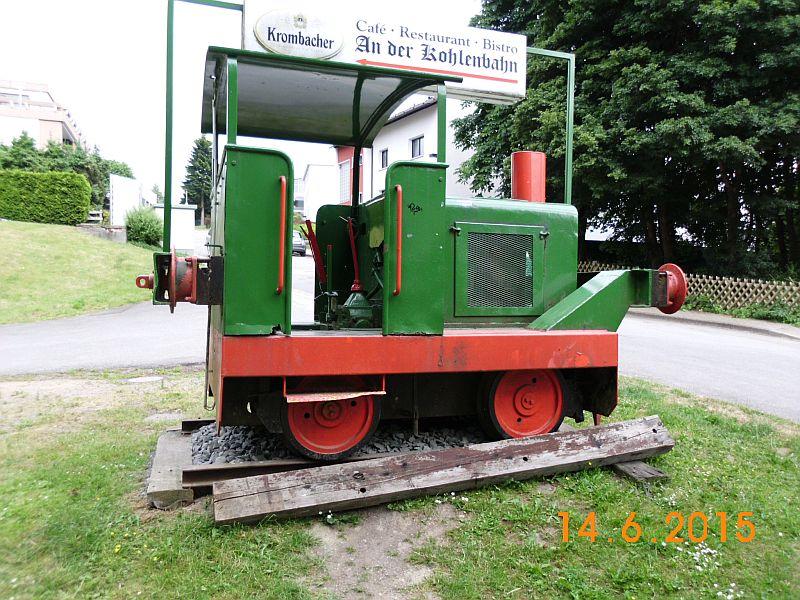"""Gmeinder - Werkslokdenkmal auf der """"Kohlenbahn"""" in Sprockhövel Hasslinghausen 514"""