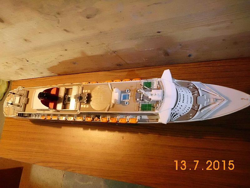 Revell 05223 - Queen Mary 2 1/400 (Weiter-) Baubericht - Fertig - Seite 5 620