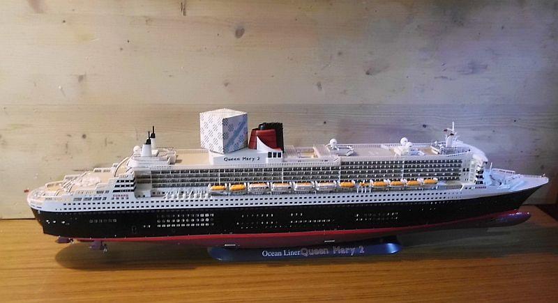 Revell 05223 - Queen Mary 2 1/400 (Weiter-) Baubericht - Fertig - Seite 5 716