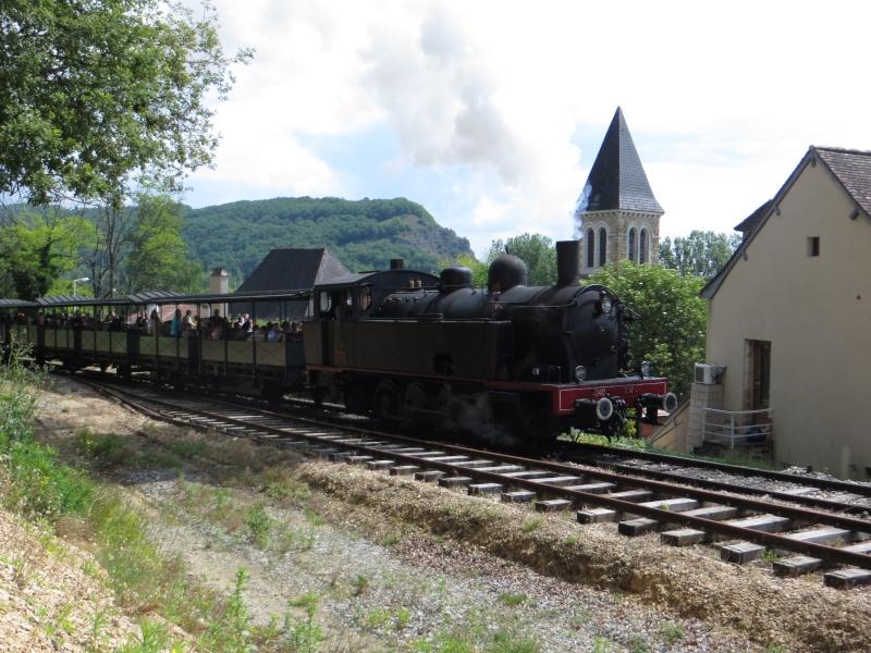 Chemin de fer du Haut-Quercy à Martel (Lot) - Page 2 Img_3611