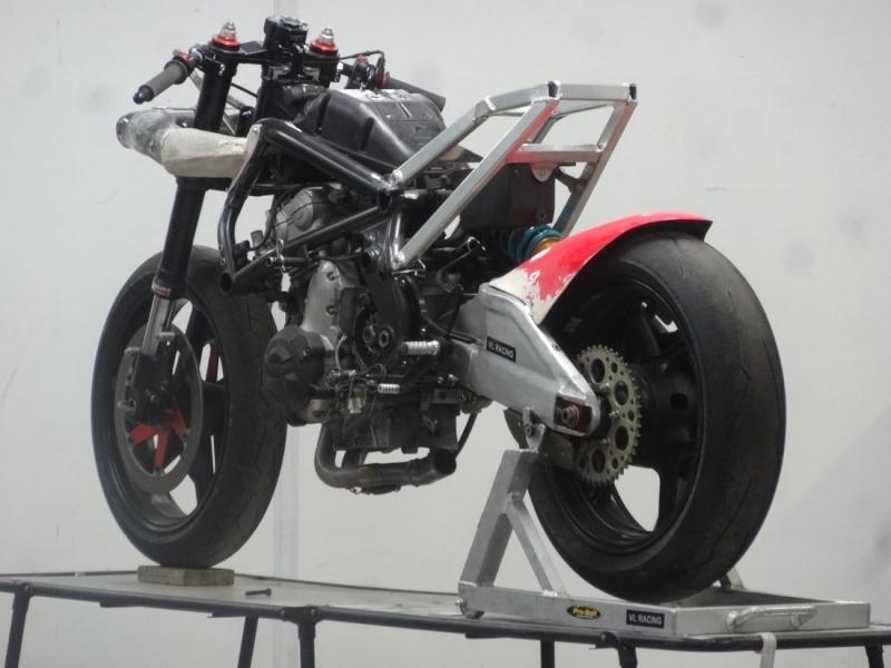 [Road Racing] TT 2015 - Page 4 Dsc05610