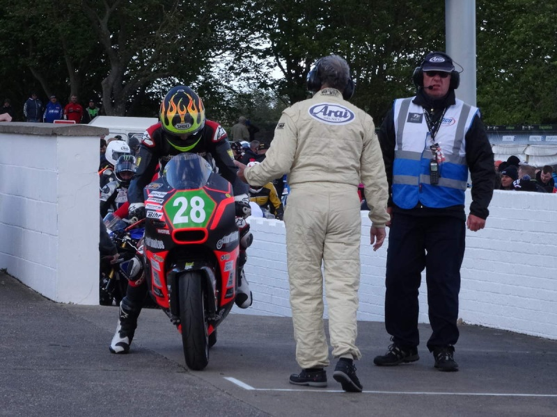 [Road Racing] TT 2015 - Page 4 Ob_cc410