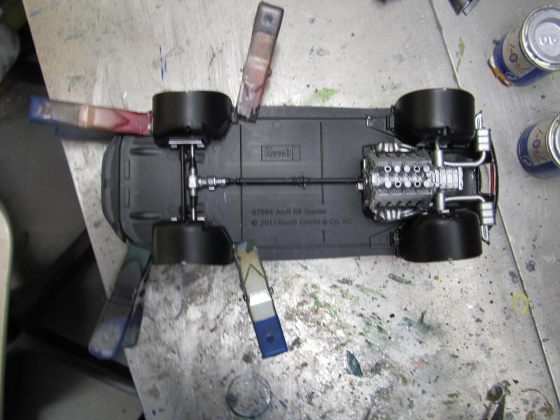 Audi R8 Spyder in 1 zu 24 von Revell Img_3313