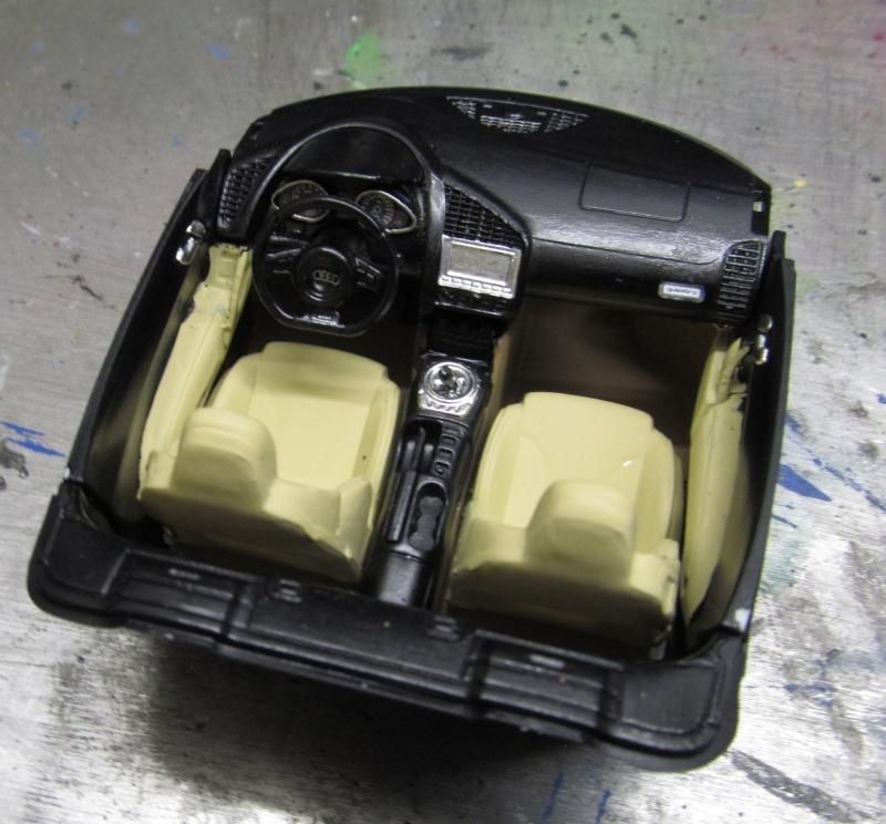 Audi R8 Spyder in 1 zu 24 von Revell Img_3314
