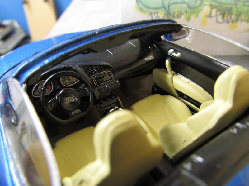 Audi R8 Spyder in 1 zu 24 von Revell Img_3427