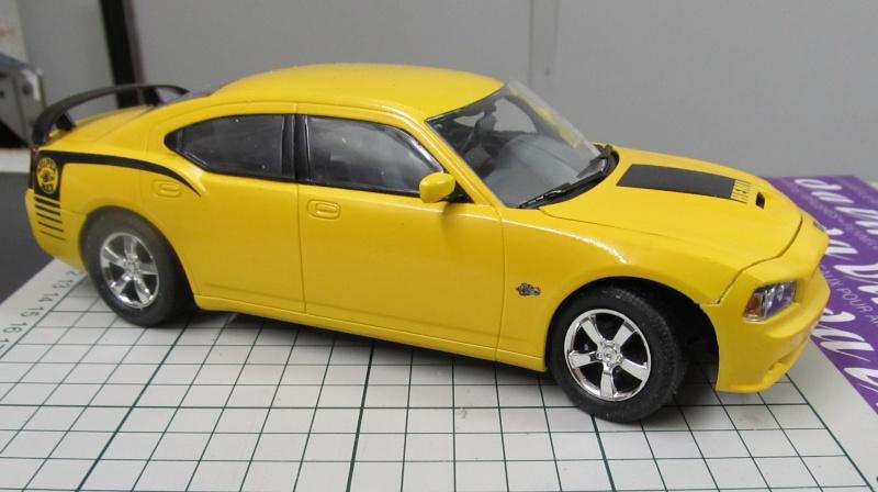 2006 Dodge Charger SRT8 Super Bee (Lindberg )  Img_3561
