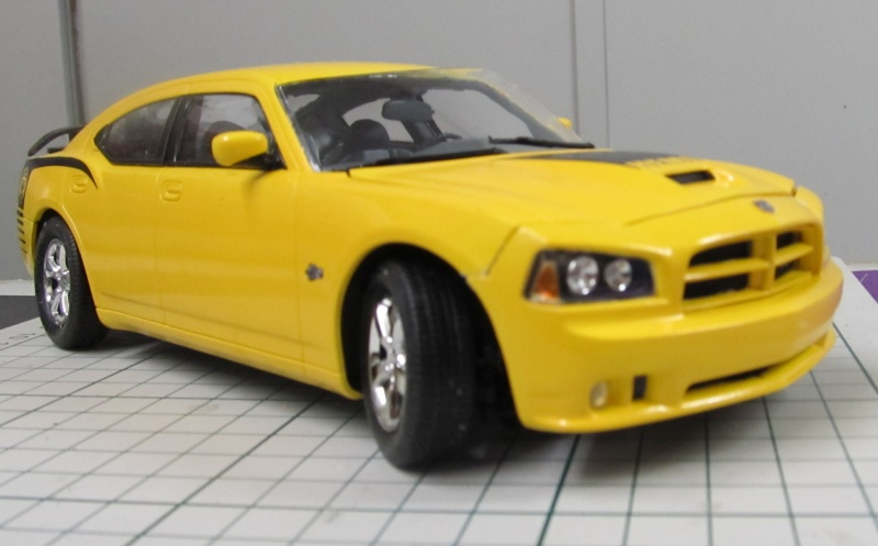 2006 Dodge Charger SRT8 Super Bee (Lindberg )  Img_3563