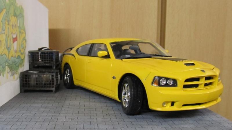 2006 Dodge Charger SRT8 Super Bee (Lindberg )  Img_3566