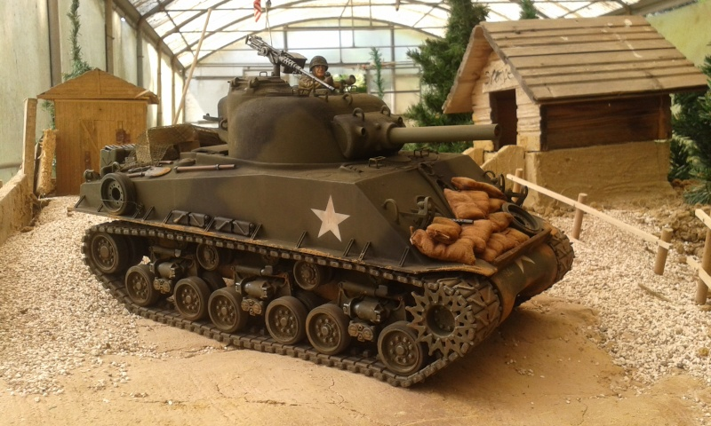 Sherman M4  105 mm Tamiya - Restyling totale - Pagina 2 20150620