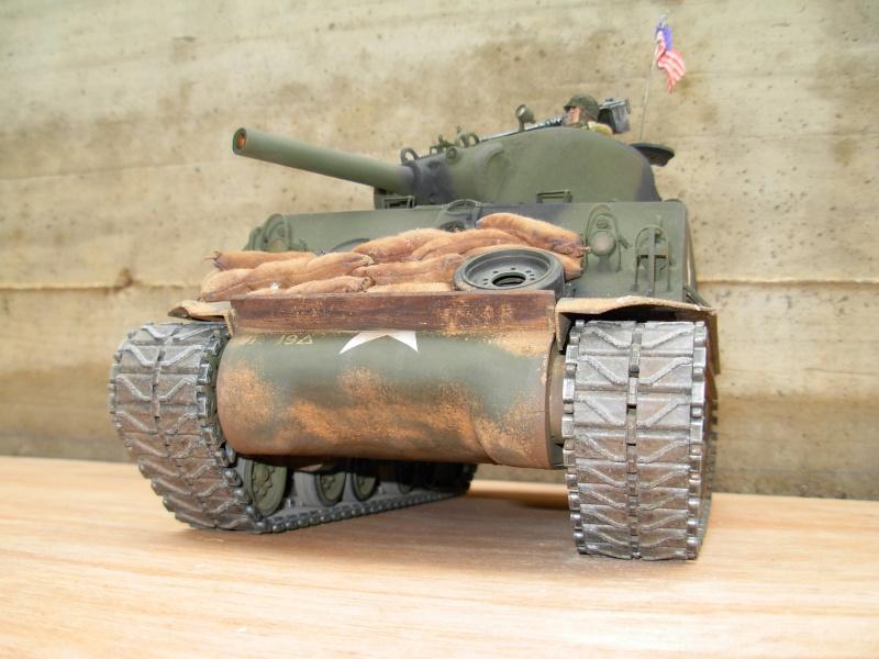 Sherman M4  105 mm Tamiya - Restyling totale Dscn0123