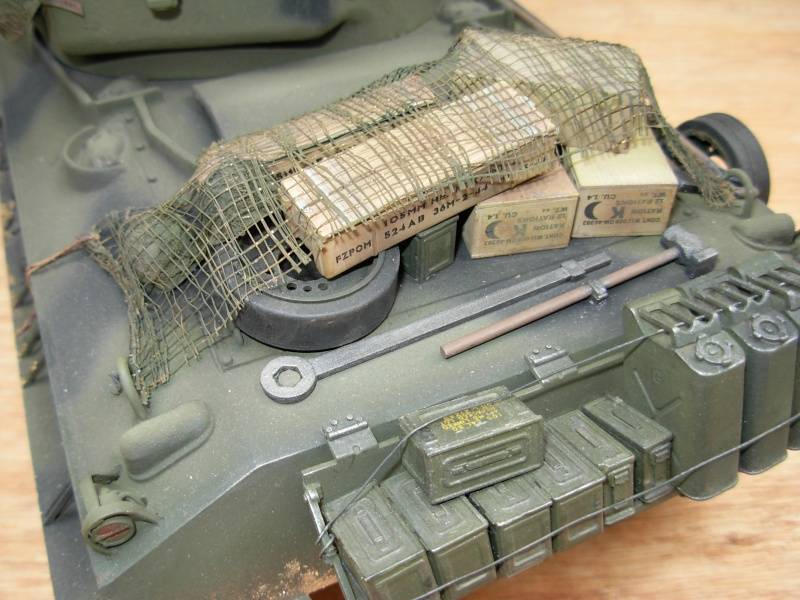 Sherman M4  105 mm Tamiya - Restyling totale Dscn0129