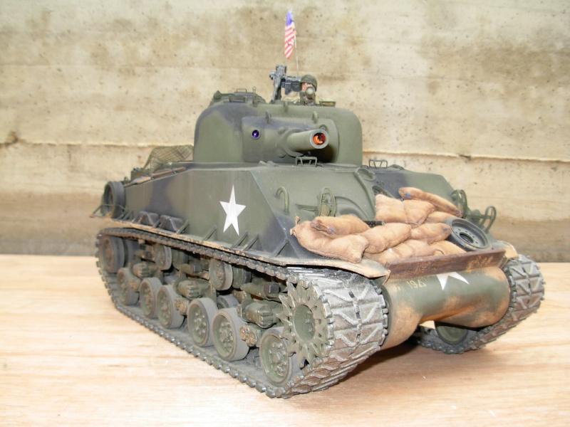 Sherman M4  105 mm Tamiya - Restyling totale Dscn0130