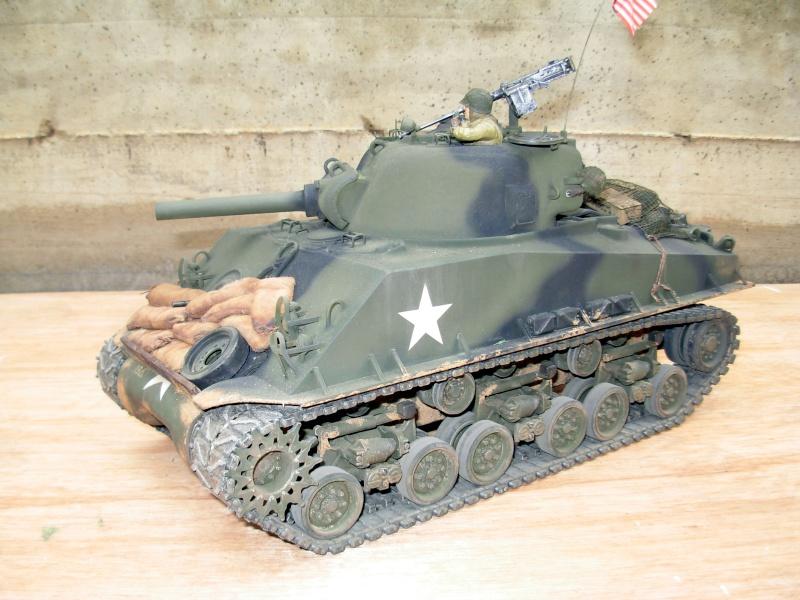 Sherman M4  105 mm Tamiya - Restyling totale Dscn0132
