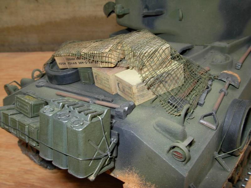 Sherman M4  105 mm Tamiya - Restyling totale Dscn0136