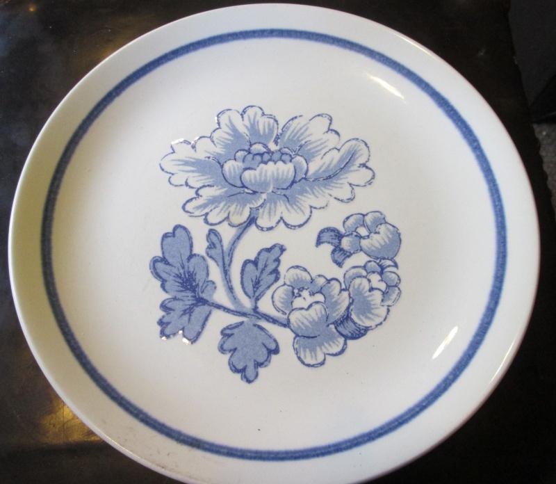 Blue poppy pattern is Florenze d833 Img_2938