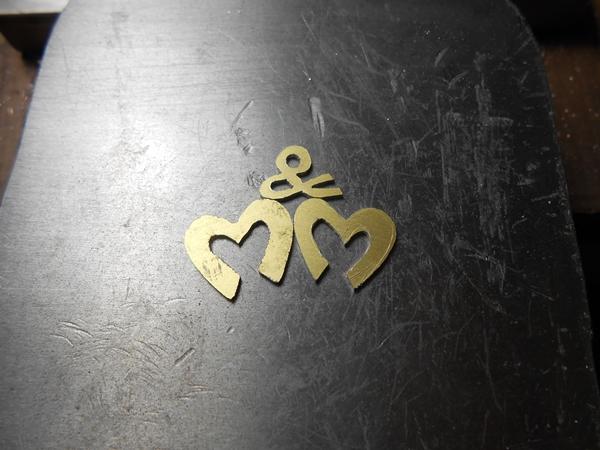 1er pendentif en laiton Dscn0613