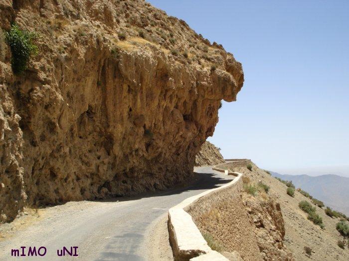 desenclavement de tamazirte ,Les Routes de l'Atlas Marocain Tizi-n10