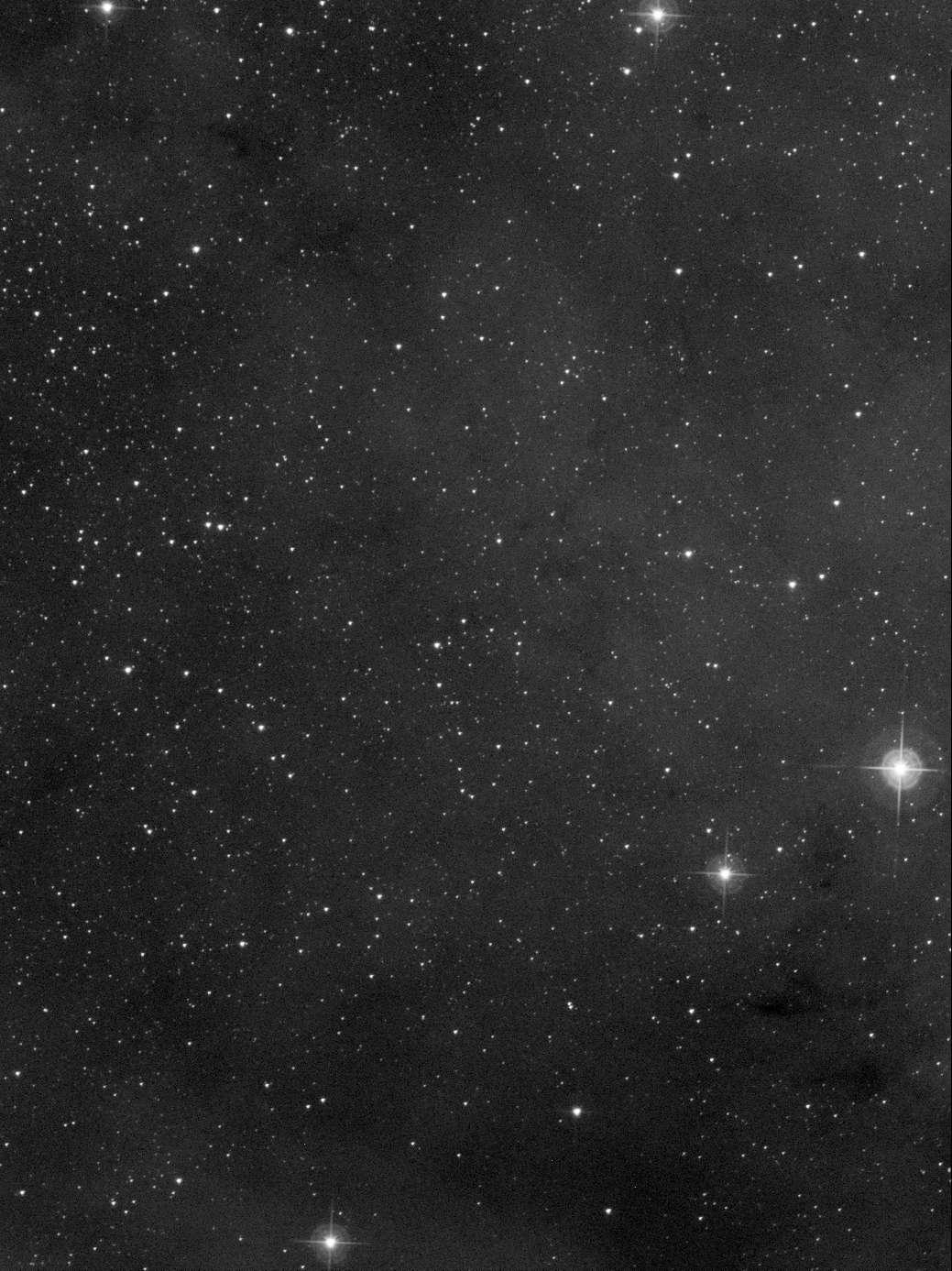 Une tranche de NGC7000 en Ha et proche IR Ha_pcc10