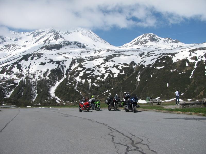 Vos plus belles photos de moto - Page 3 Img_2110