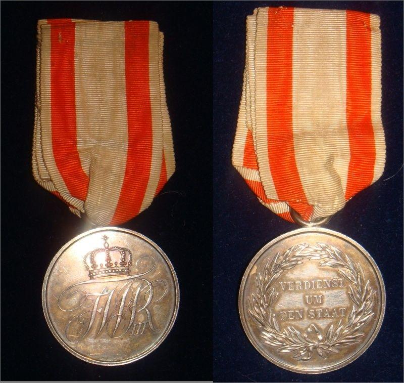 vente terminée médaille étrangere  Medail10