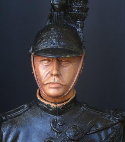 Buste garde republicain a cheval Dsc04010