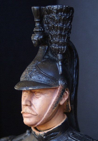 Buste garde republicain a cheval Dsc04014