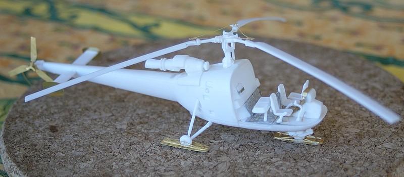 Alouette III heller 1/72 Dsc04043