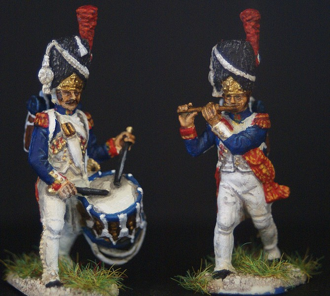 Grenadiers de la vieille garde 1/72 - Page 2 Dsc04315
