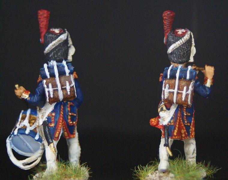 Grenadiers de la vieille garde 1/72 - Page 2 Dsc04317
