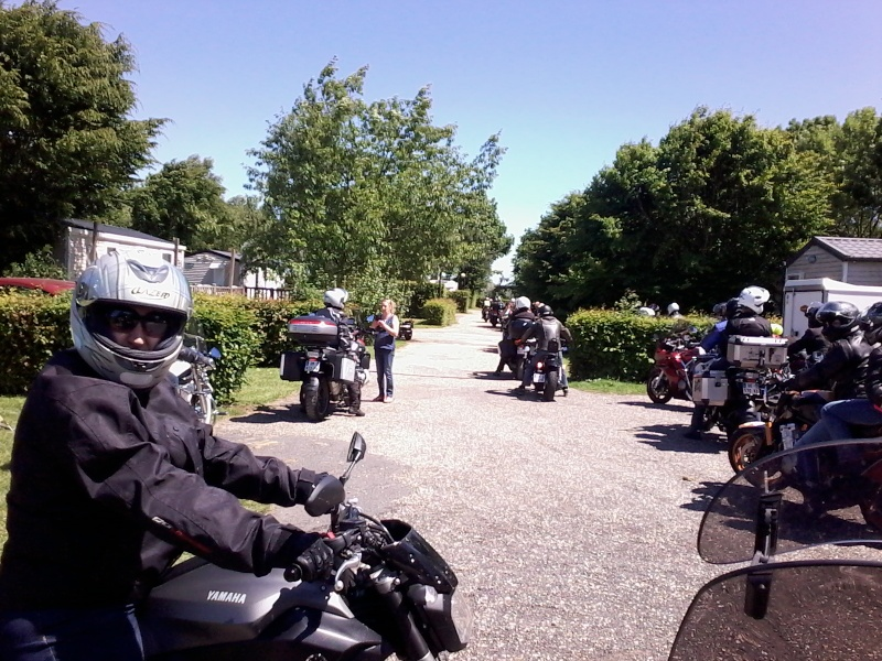 RASSEMBLEMENT MOTO CLUB PONT AUDEMER 06/07 JUIN 2015 - Page 2 Photo016