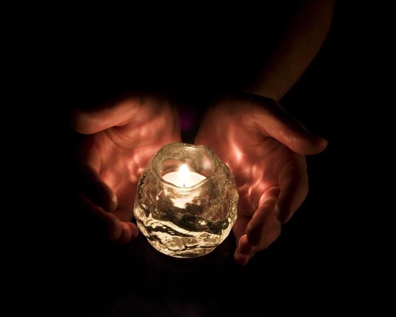 """""""Apportons notre lumière pour la paix dans le monde"""" Bougie10"""