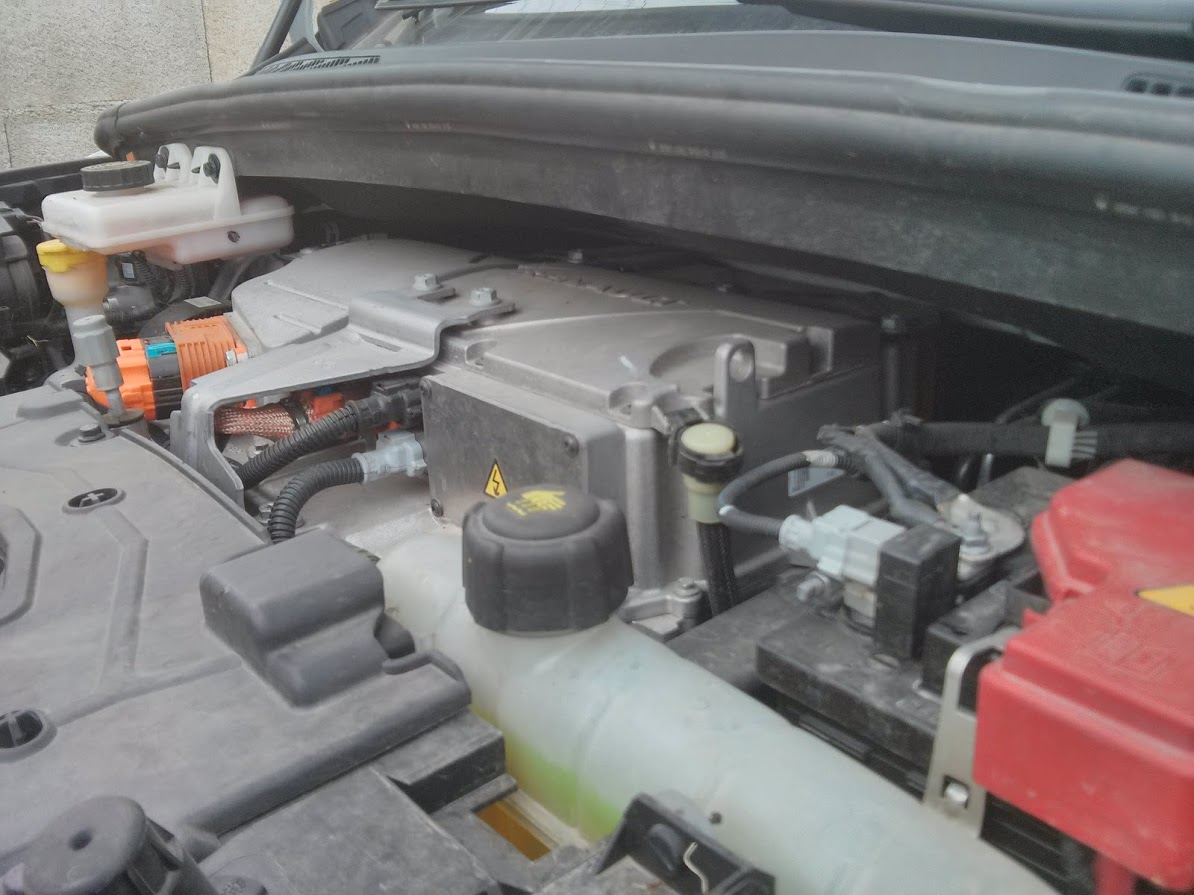 Historique de Zoé et de ses versions de moteurs et de batteries Q21010