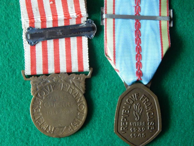 Médaille commémorative 14-18 avec barrette et commémo 39-45 Dscn1332