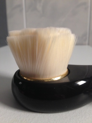 Brosse tosowoong pour nettoyer le visage - Page 3 Tosowo11