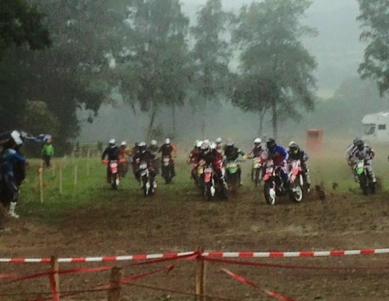 Motocross Recht - 23 août 2015 ... - Page 2 11000412