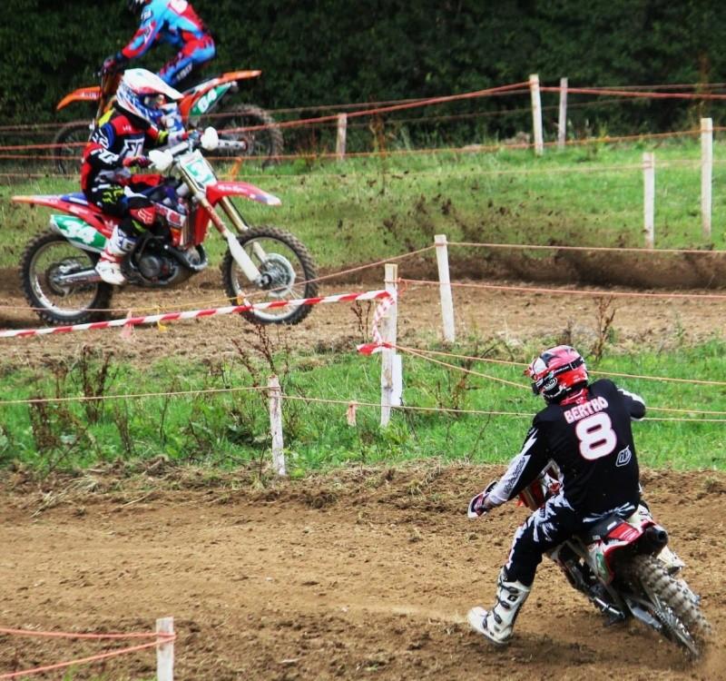 Motocross Wéris - 26 juillet 2015 ... - Page 3 11194510