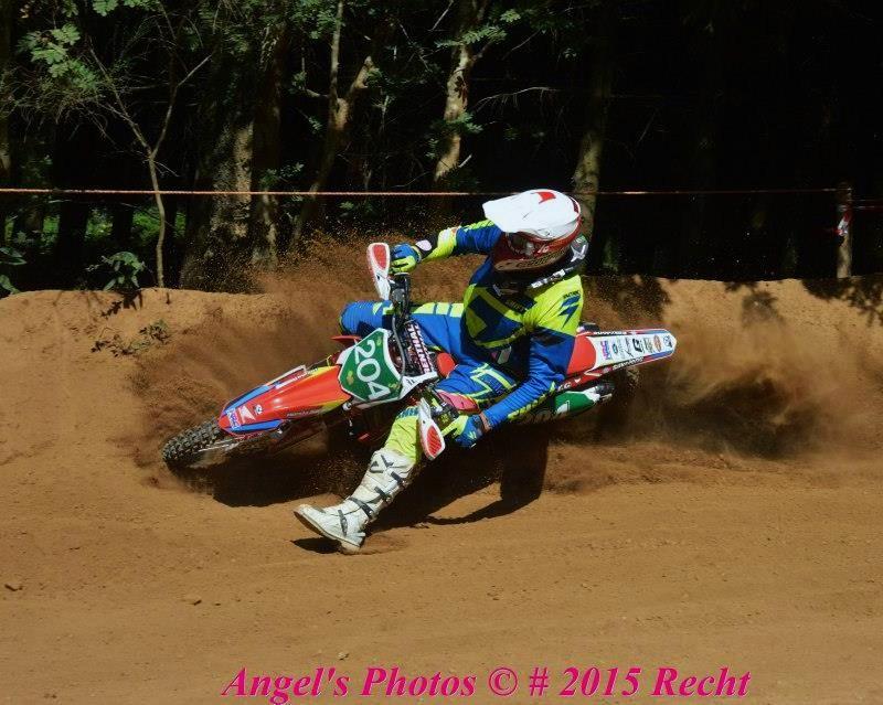 Motocross Recht - 23 août 2015 ... - Page 2 11707610