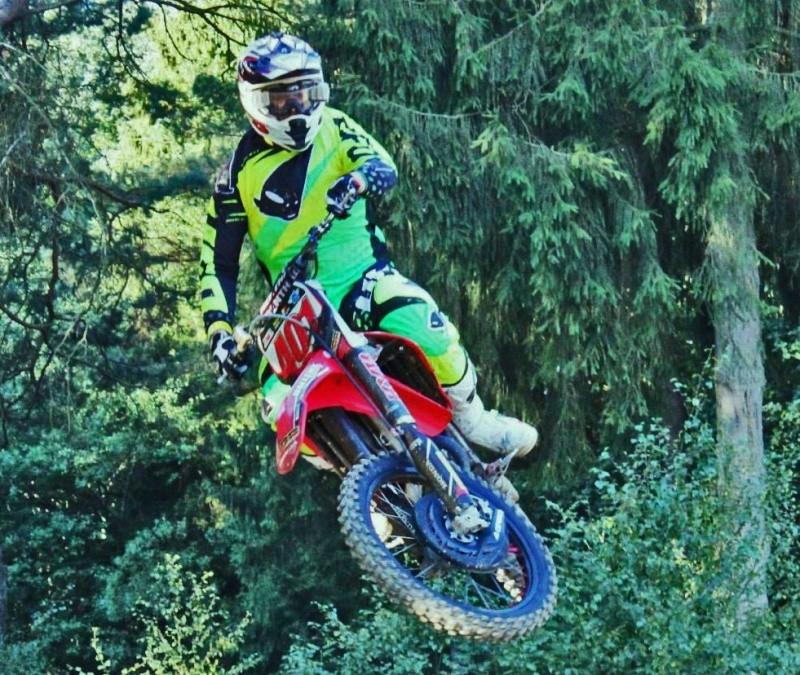 Motocross Recht - 23 août 2015 ... - Page 2 11865311