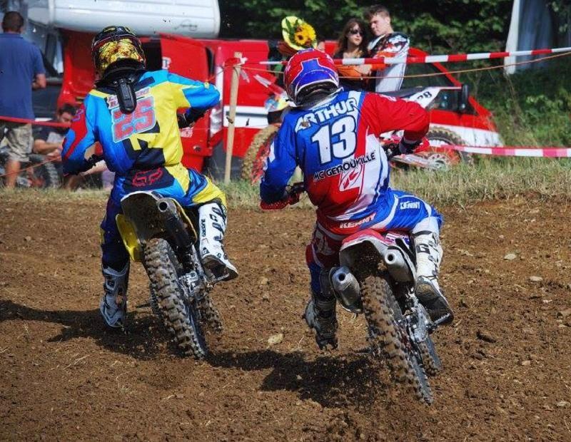 Motocross Recht - 23 août 2015 ... - Page 4 11872012