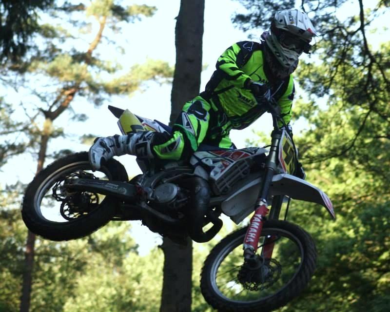 Motocross Recht - 23 août 2015 ... - Page 2 11880410